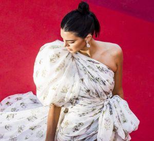 Kendall Jenner, soquettes et short en jean sur red carpet elle se lâche à Cannes