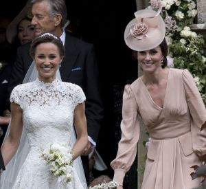 Pippa Middleton, sublime mariée en Giles Deacon.