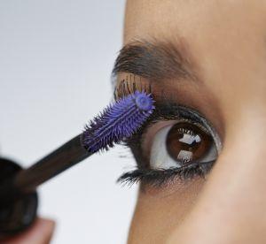 Mascara violet : pour qui et quelle nuance choisir ?
