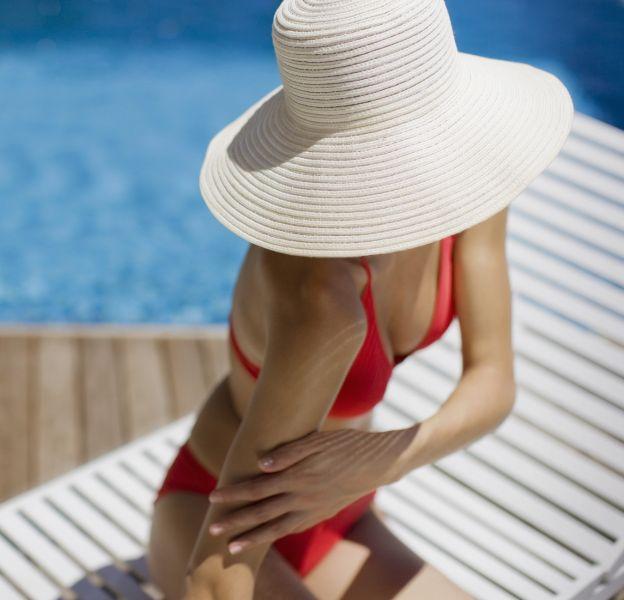 Ces 5 erreurs que l'on fait toutes avec notre crème solaire.