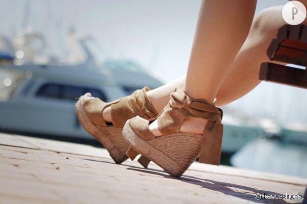 Les sandales compensées, stars de l'été.