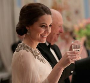 Kate Middleton : look de conte de fées pour la future maman
