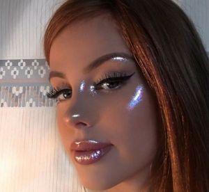 Une make-up artist crée son propre highlighter et fait le buzz