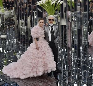"""Karl Lagerfeld veut appeler ses mannequins préférées les """"choupettes"""""""