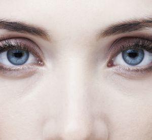 Ces couleurs qui mettront en valeur les yeux bleus