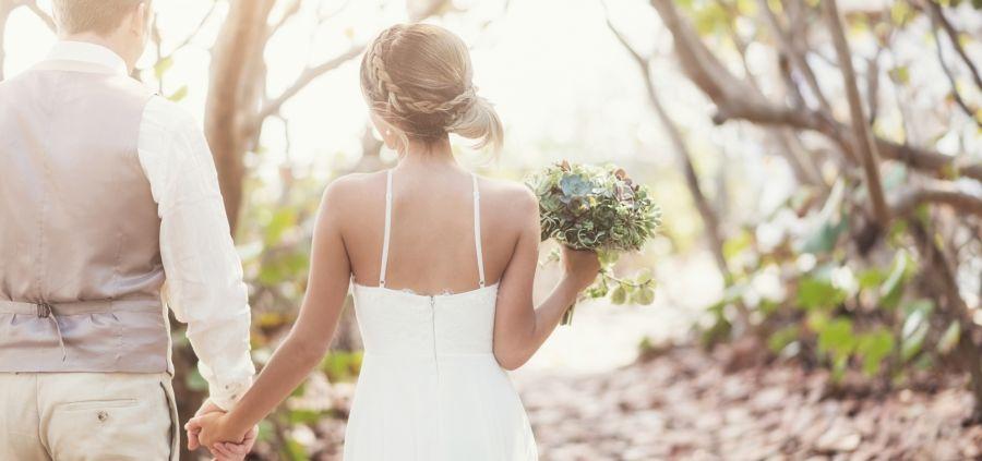 5 choses que les mariées doivent savoir avant de choisir leur robe