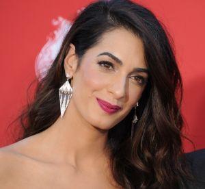 Le trench d'Amal Clooney est la pièce qu'il nous faut !