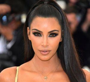 Kim Kardashian va-t-elle réussir à nous faire porter du vernis jaune cet été ?
