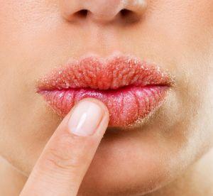 Ces astuces maison pour un gommage des lèvres au top !