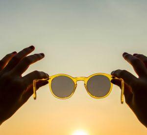 Vos lunettes de soleil peuvent-elles vont donner des boutons ?
