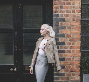 Cette mannequin lance un hashtag pour assumer son acné