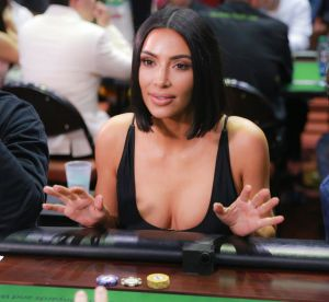 Kim Kardashian et sa collection de pochettes bling-bling, pourquoi on dit non !