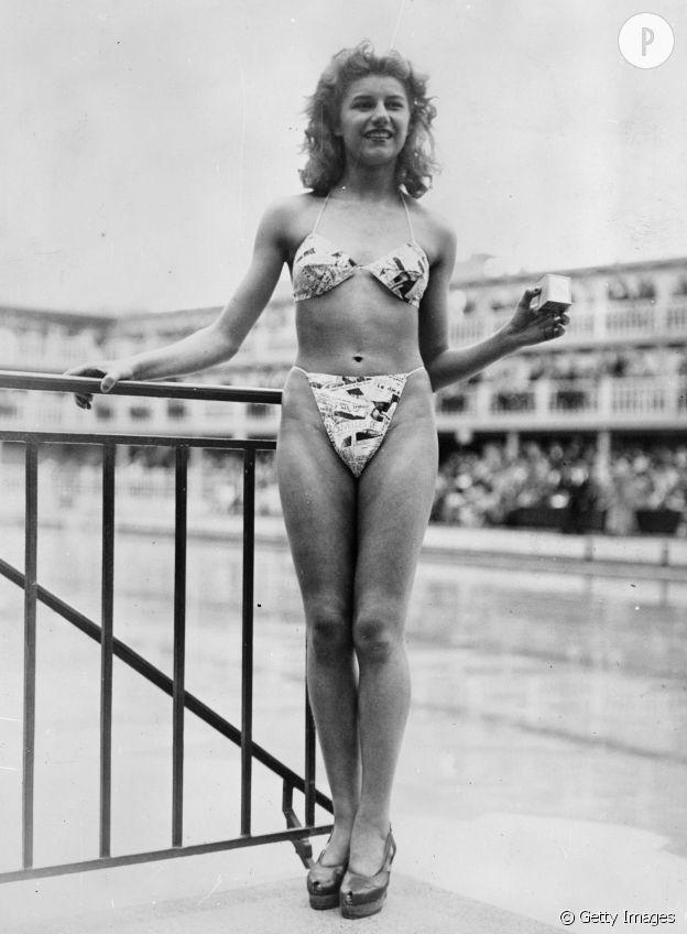 """Le premier """"Bikini"""" dévoilé en 1946 à Molitor par Louis Réard."""