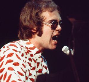 #fashionicon : 7 fois où Elton John avait prédit ce que nous allions porter
