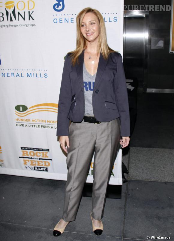Lisa Kudrow à un concert de bienfaisance à Los Angeles