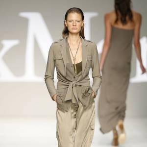 Défilé Max Mara - Constance Jablonski - Milan Printemps Eté 2010