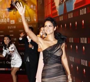 Halle Berry Vs Hilary Duff : qui porte le mieux la robe Vera Wang ?
