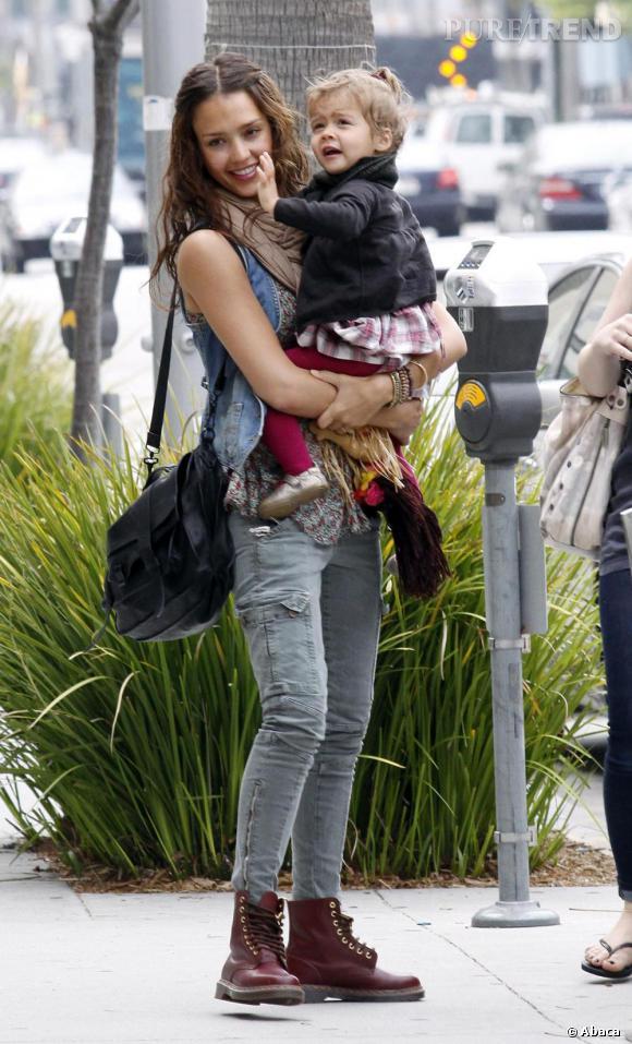 Jessica Alba avec sa fille à Los Angeles