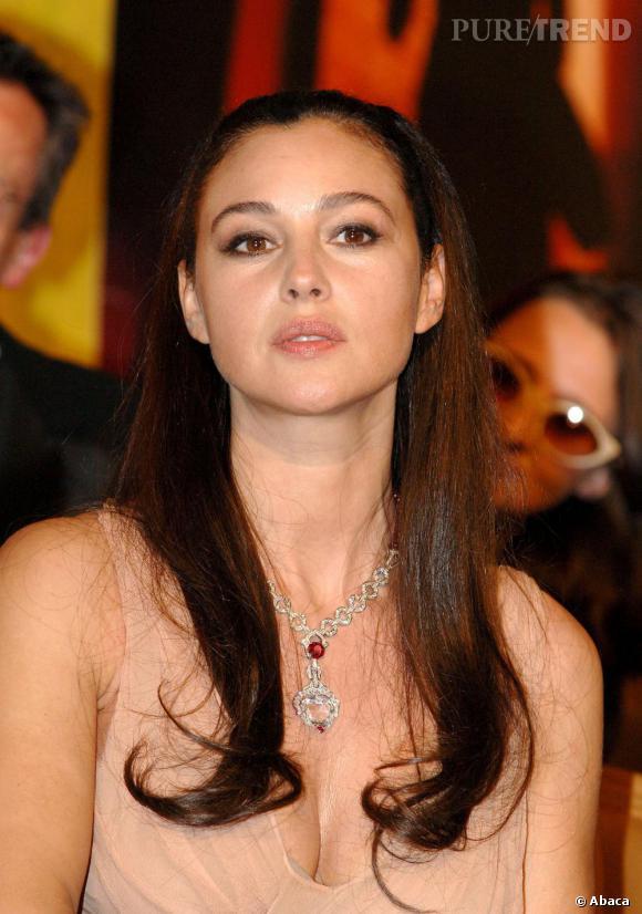 Monica Bellucci adore se faire un oeil de biche élégant et glamour