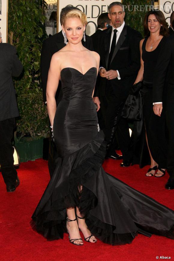 Sculpturale en robe noire aux Golden Globes, Katherine Heigl a tout d'une actrice hollywoodienne.