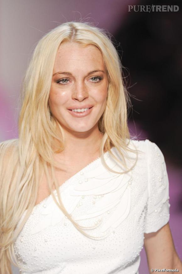 La starlette entre deux : Lindsay Lohan virée de chez Ungaro, accro au colagène...
