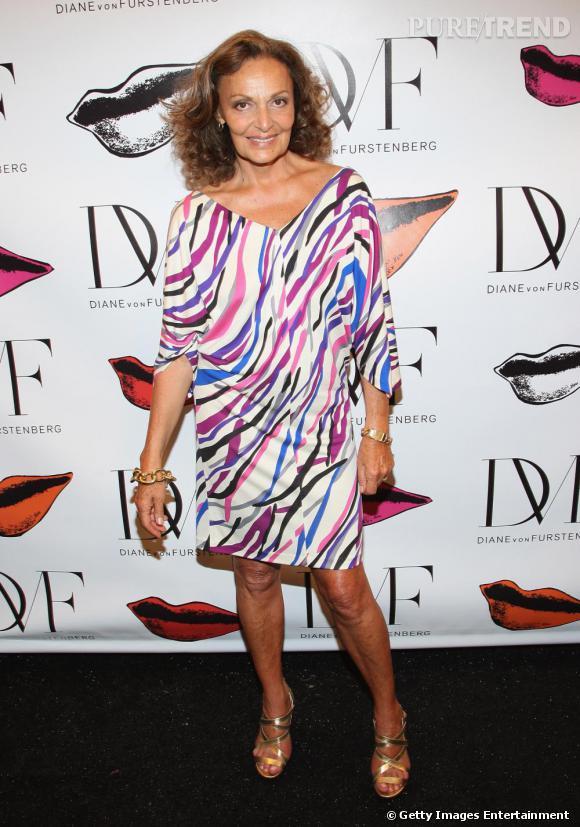 En 2010, Diane a raccroché son titre et son diadème mais règne sur le prêt-à-porter avec ses robes imprimées.