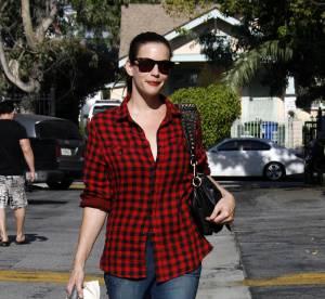 Liv Tyler, son look casual rock... A shopper