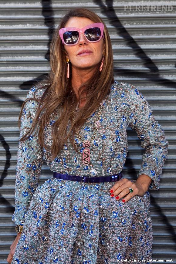 L'icône du style Anna Dello Russo adore jouer avec la mode.