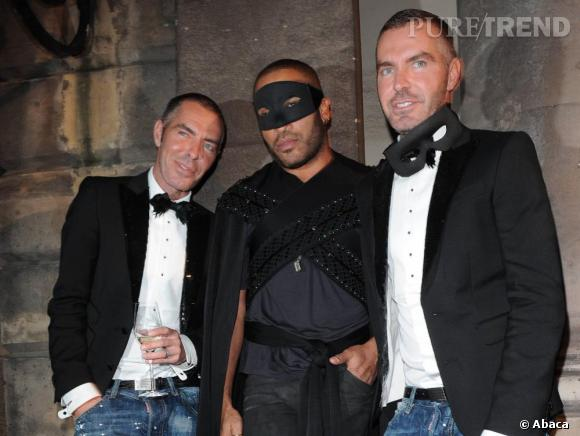 Lenny Kravitz a l'allure de Zorro.