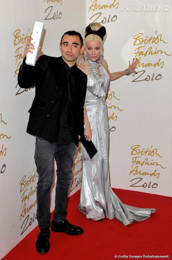 Le styliste Nicolas Formichetti et Daphné Guinness.