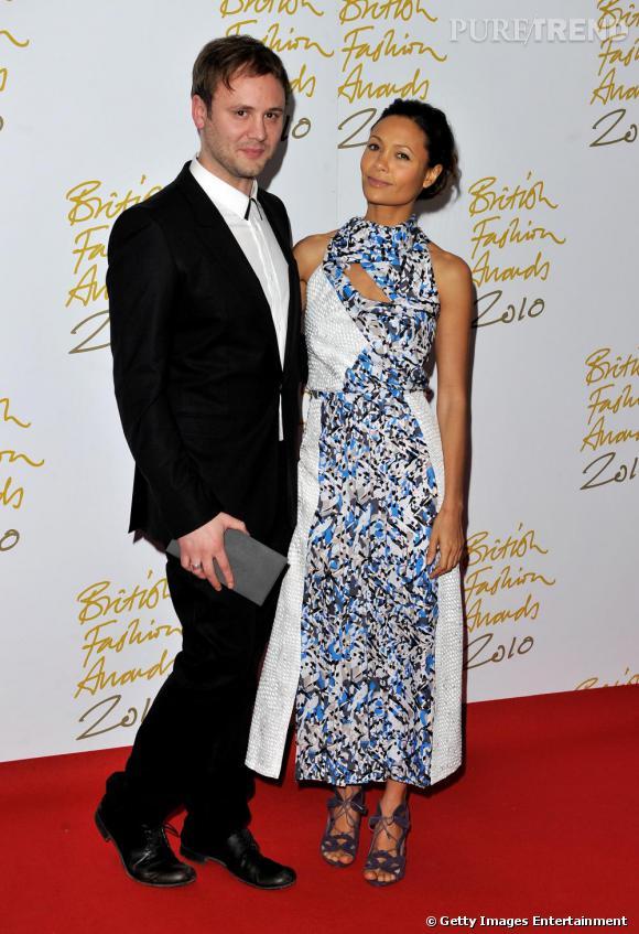 Nicholas Kirkwood et l'actrice Thandie Newton en robe Peter Pilotto.