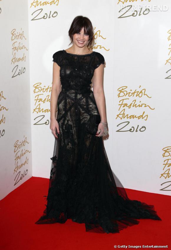Daisy Lowe, sublime oiseau de nuit en robe Elie Saab.