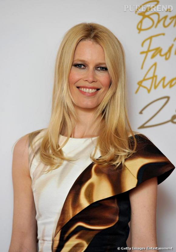 Claudia Schiffer aux British Fashion Awards 2010 à Londres.