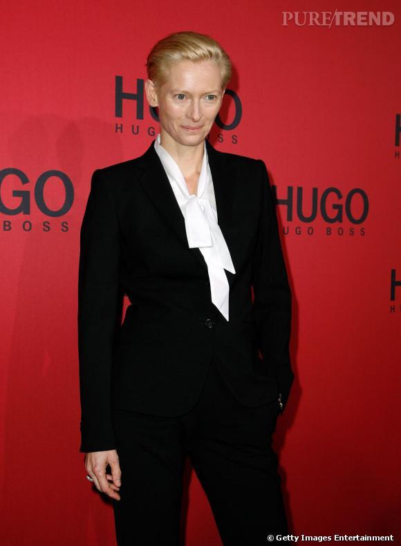 Tilda Swinton au défilé Hugo Boss, à Berlin.