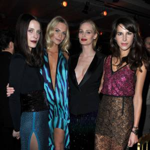 Vanessa Traina, Poppy Delevigne, Lauren Santo Domingo et Caroline Seiber, un quator de it-girls.