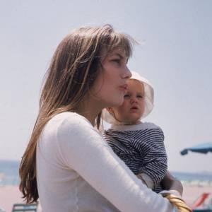 En 1971, Charlotte Gainsbourg fait de Serge et Jane des parents comblés.