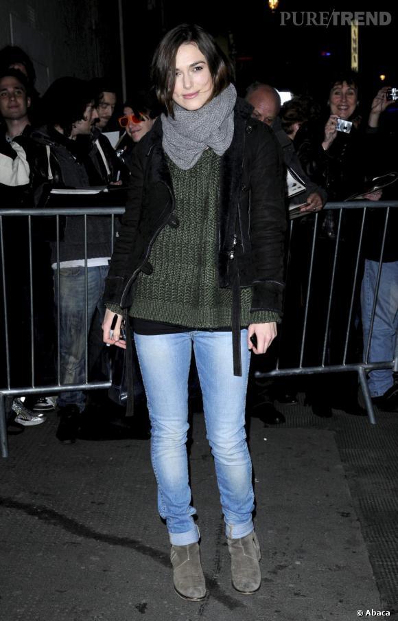Keira Knightley à la sortie du Comedy Theatre, à Londres.