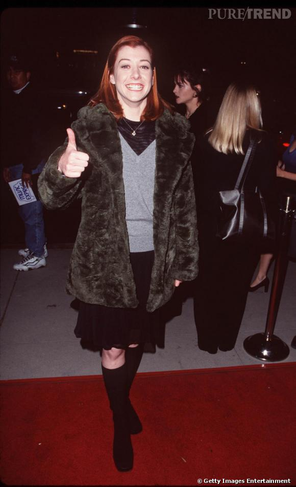 """Alyson Hannigan à ses débuts en 1998. Nous sommes en plein dans les années """"Buffy contre les vampires"""", peut glorieuse niveau style."""