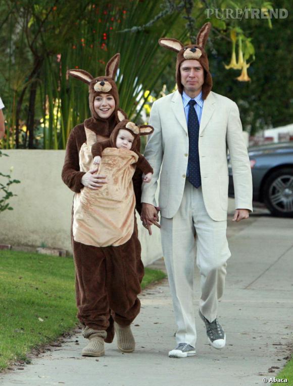 Alyson Hannigan et son mari Alexis Denisof (également acteur dans Buffy et How I Met your Mother) ont décidé de faire une première apparition avec leur fille des plus... remarquées !