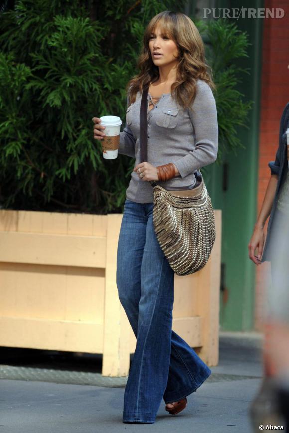 Jennifer Lopez aurait presque l'air d'une diva 70's.