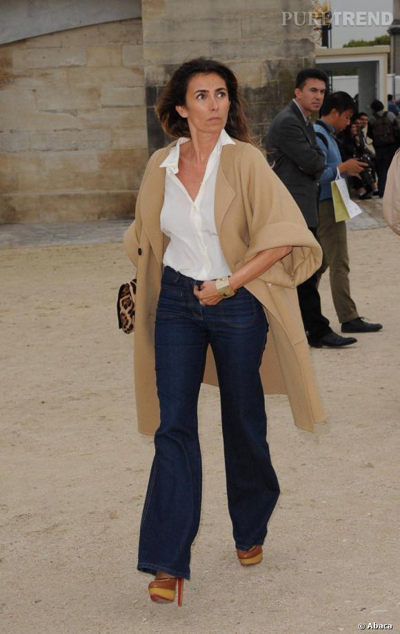 Mademoiselle Agnès mixe denim brut et camel.