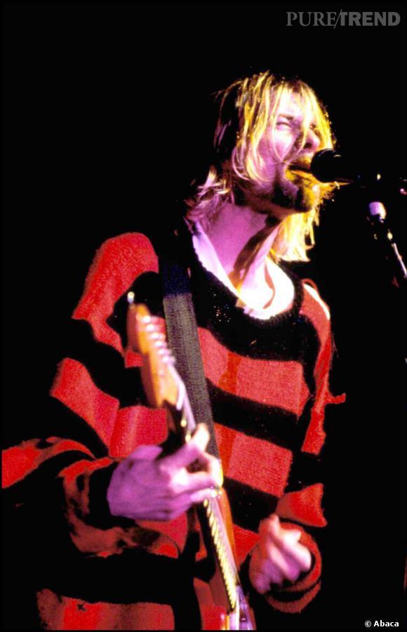 Cheveux en bataille et pull en maille type Freddy, le look n'était pas la préoccupation première de Kurt Cobain.