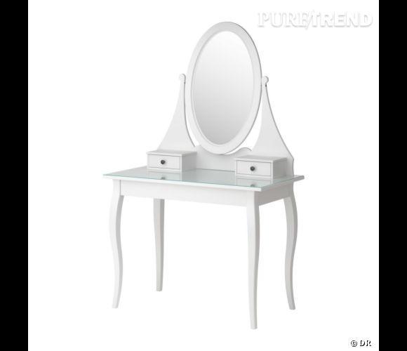 coiffeuse ikea une coiffeuse de princesse pour se pomponner toute heure prix 199. Black Bedroom Furniture Sets. Home Design Ideas