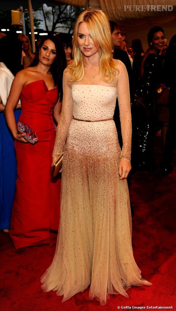 Naomi Watts lors du Costume Institute Gala au MET à New York.
