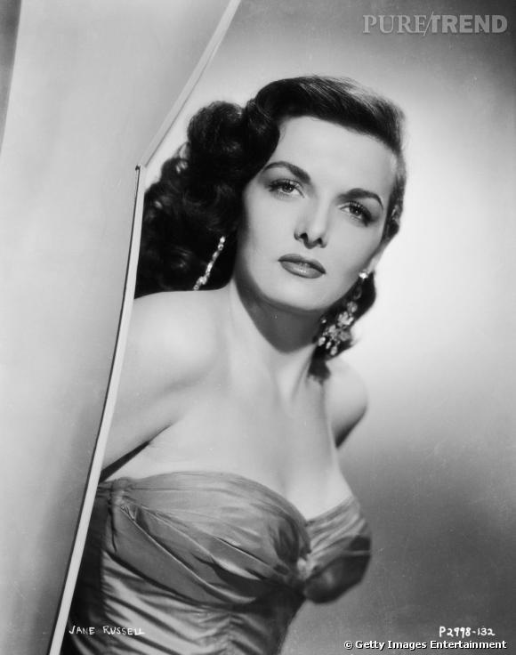 Comment on se coiffait dans les années 50 ?     Nom :  Jane Russell    Coiffure :  la mèche plaquée sur le côté et le cranté.