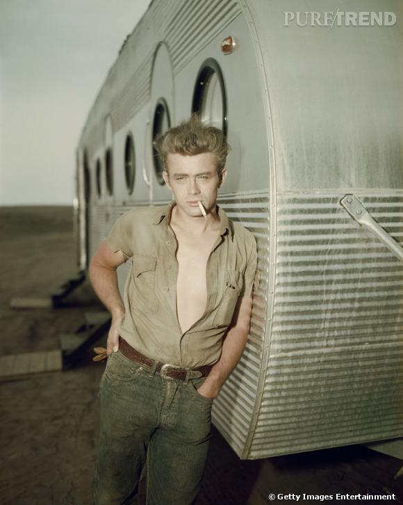 Comment on se coiffait dans les années 50 ?     Nom :  James Dean    Coiffure :  les cheveux sont en l'air, la coupe est cool et décontractée.