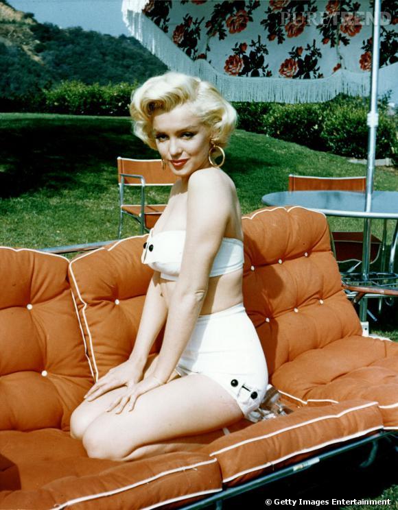 Marilyn Monroe représente à elle toute seule la femme fière de ses courbes qu'elle expose sans cesse.