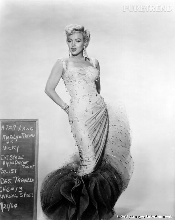 Marilyn se donne des airs de sirène lorsqu'elle est conviée aux événements importants.