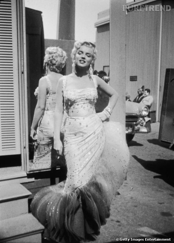 Une robe devenue une véritable référence, qui s'est arrachée aux enchères après la mort de l'actrice.