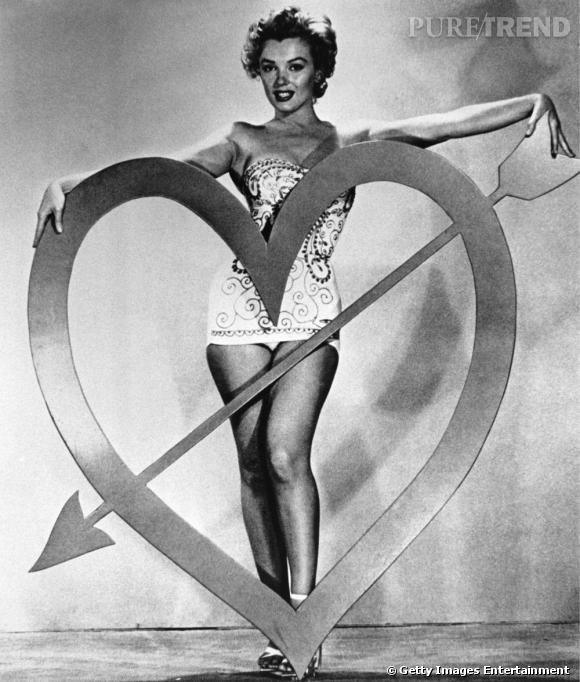 Dans les années 40, la belle joue les Cupidons, la crinière encore brune mais ses formes déjà bien présentes.
